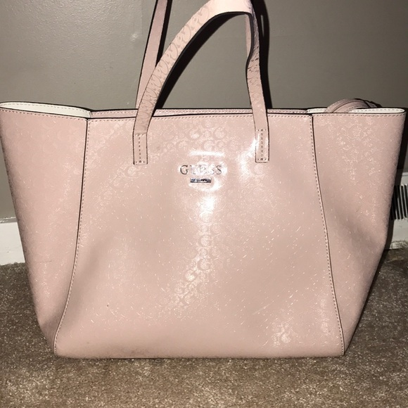 f1f75360f572 Guess Handbags - Guess tote